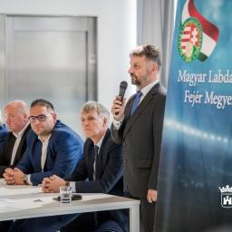 Schneider Béla a Magyar Labdarúgó Szövetség Fejér Mergyei Igazgatója.
