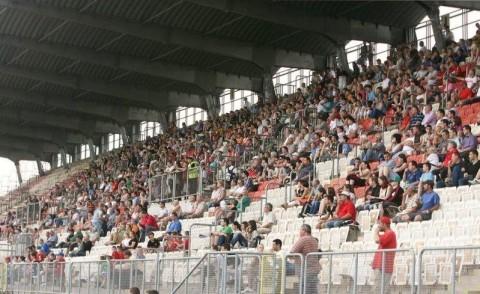 Dunaújváros PASE nézők